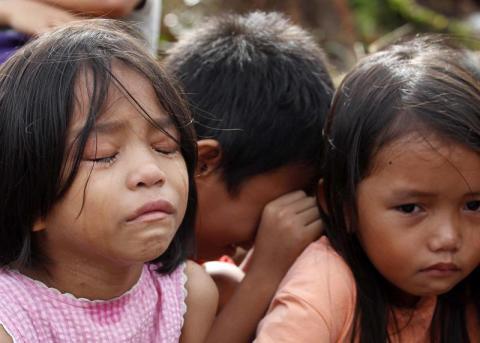 Tifón-Filipinas-niñas-primer-plano